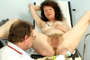 extremely hairy matures